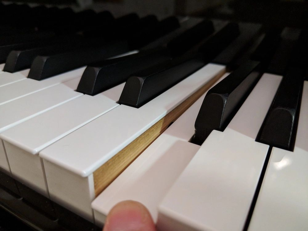 Yamaha GrandTouch wooden key