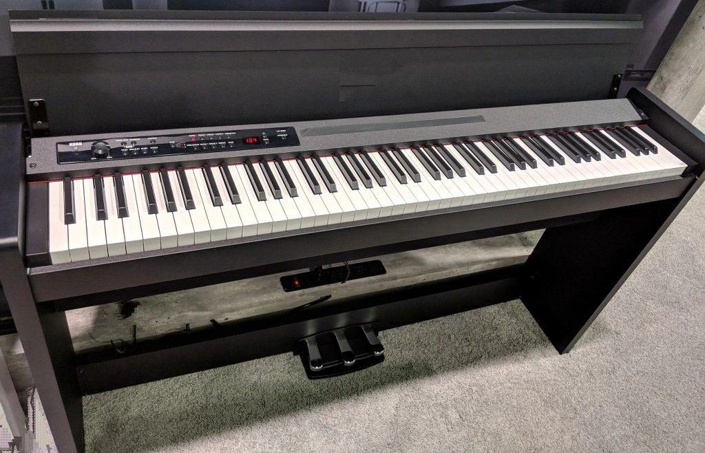 Korg LP-380 Digital Piano