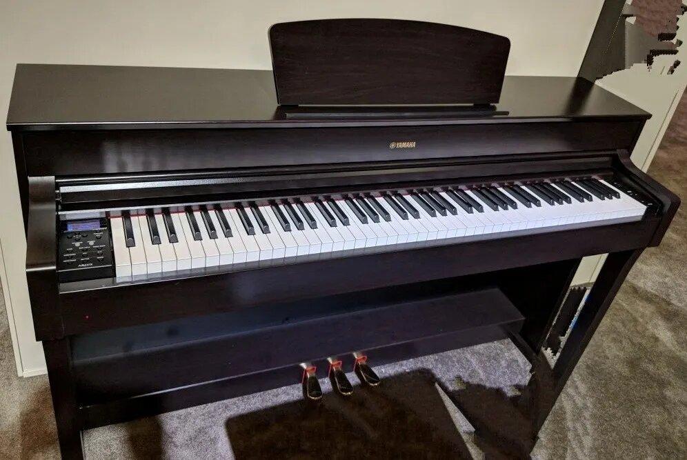 Yamaha YDP-184 piano