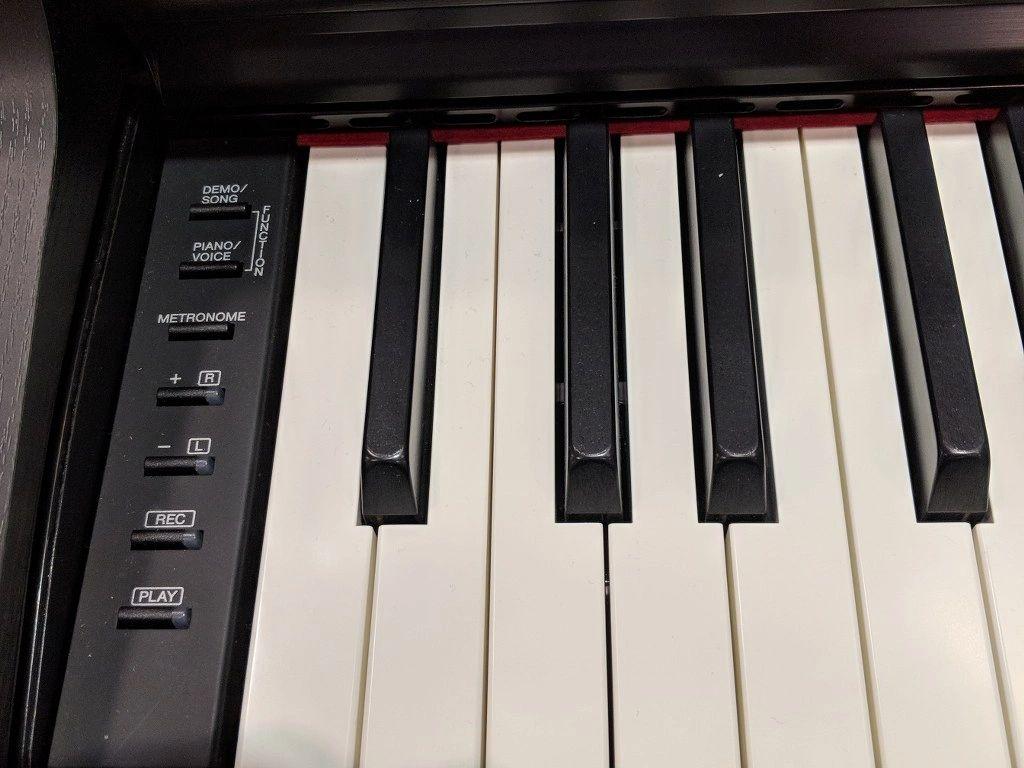 Yamaha YDP-164 control panel